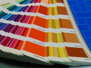 Century-Lab-Pantone-chips-contrast-crop